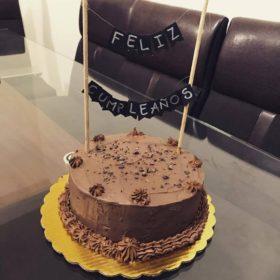 Pastel Sorpresa de Cumpleaños de Chocolate