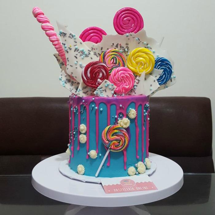 Drip Cake, compra tu pastel con envío a domicilio en Creapasteles.com